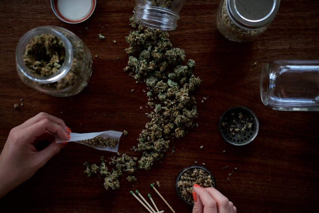 Cannabis bulms - Patients and Caregivers Are Not Properly Informed On Storing Medical Cannabis