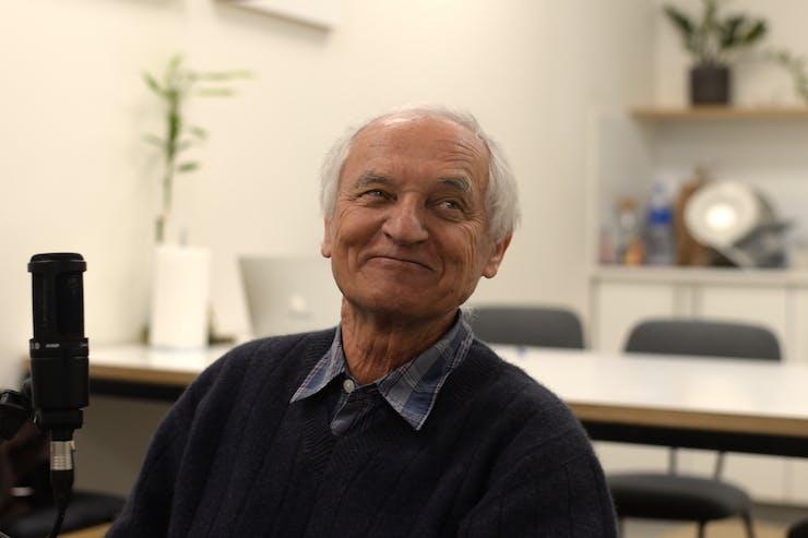 Lumír Hanuš at his laboratory, Lumir Labs, in Jerusalem. (Matan Weil/The Cannigma)