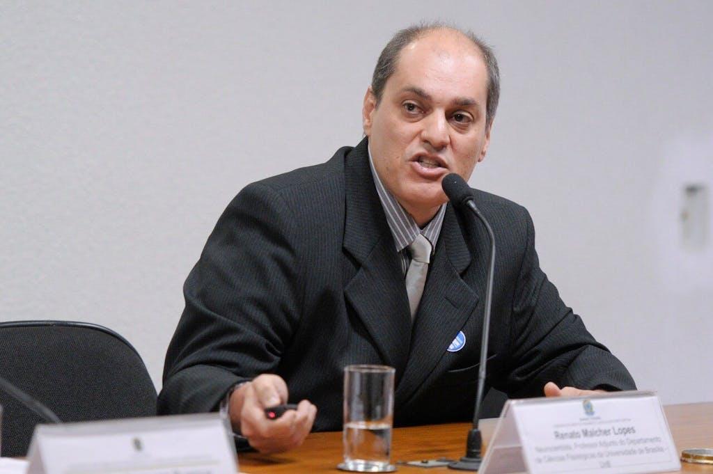 O médico Renato Malcher oferece informações sobre como definir a posologia da cannabis