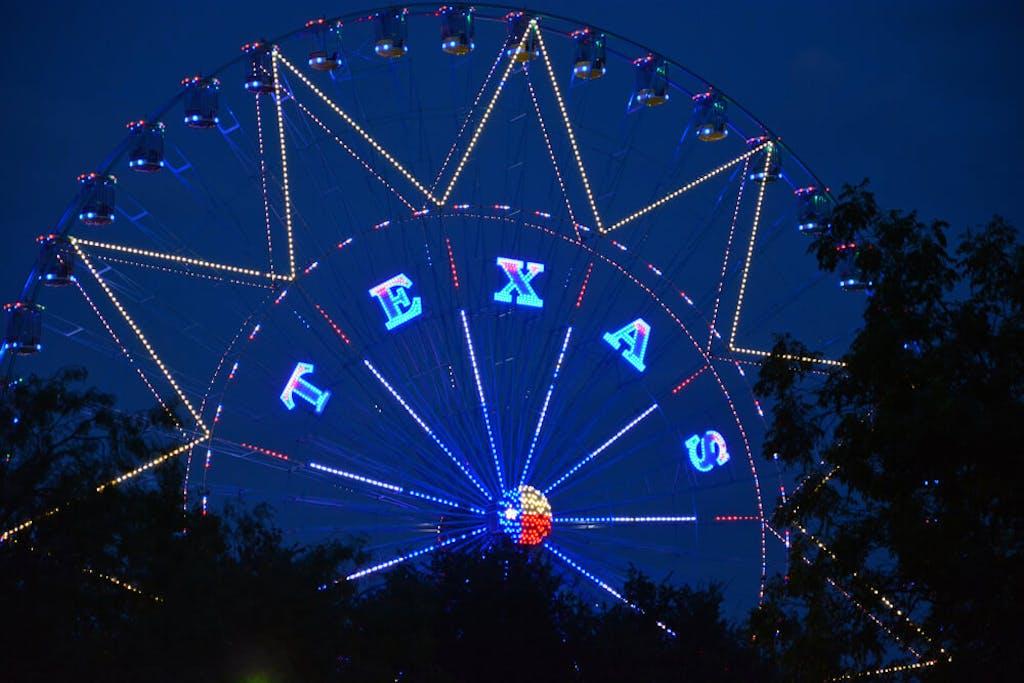 A ferris wheel in Dallas